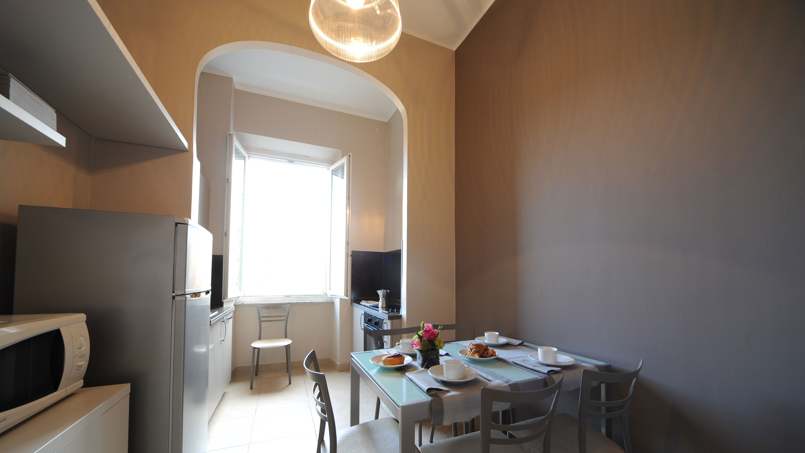residence-trianon-two-bedroom-apartment-04