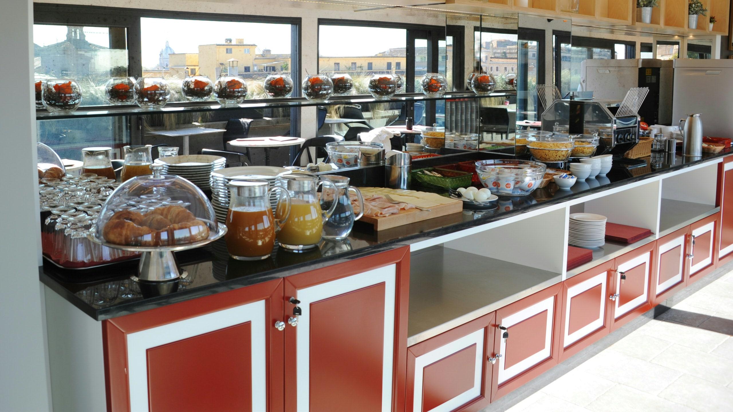 residence-trianon-rome-breakfast-in-terrace-2542