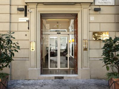 residence-trianon-roma-entrata-57